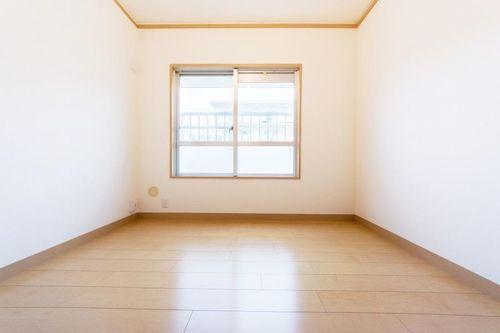 こまどり団地(2号棟303)の画像