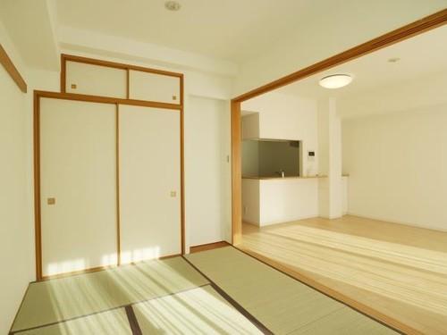 アデニウム新横浜の画像