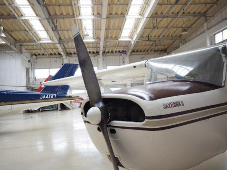 調布飛行場まで3520m 伊豆大島へ25分。渋滞いらずで海にお出かけできるのはいかがでしょう・・。