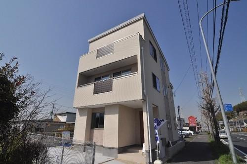 横浜市青葉区鉄町戸建の物件画像
