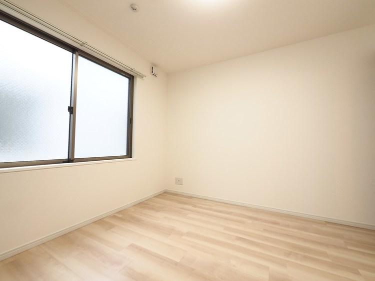 各居室に窓があり、通風・採光良好です。