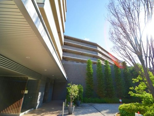グレーシアガーデンたまプラーザA棟の物件画像