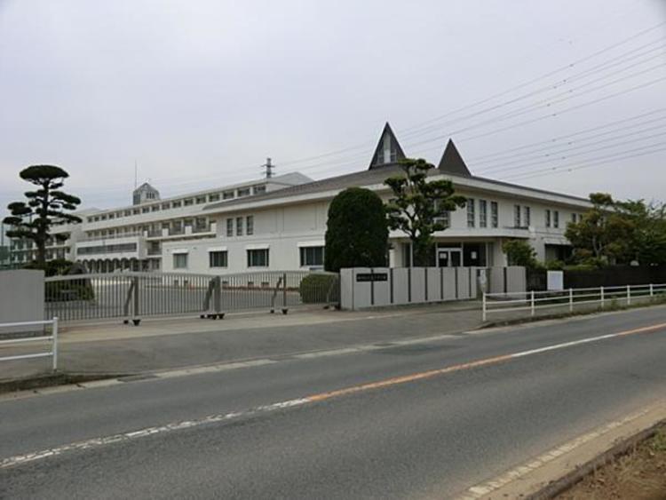 松戸市立小金北中学校 2000m