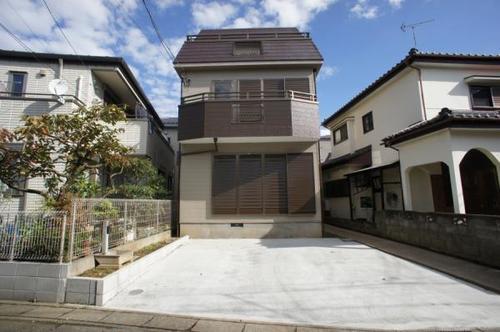草加市谷塚町 中古住宅の画像