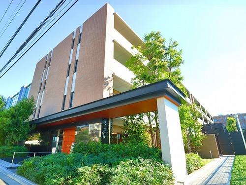 『シティハウス用賀一丁目』 ~用賀駅より歩いて10分!収納豊富な南東角部屋~の画像