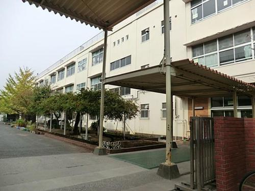 中古アパート LIZ上大岡 オーナーチェンジの物件画像