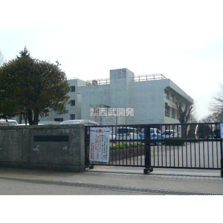 高萩北小学校(約600m)