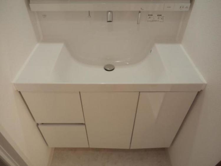 お掃除用品や洗剤などもスッキリ片付きます!