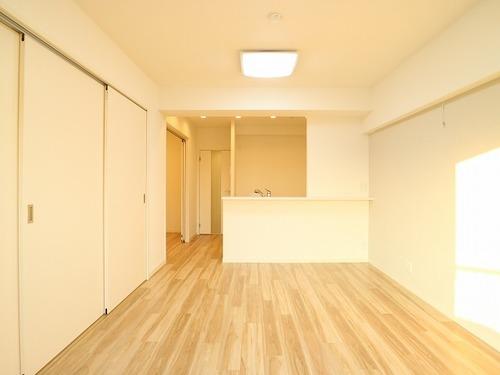 『三井馬事公苑南ハイツ』 緑豊かな街に住まう~ renovation~の画像