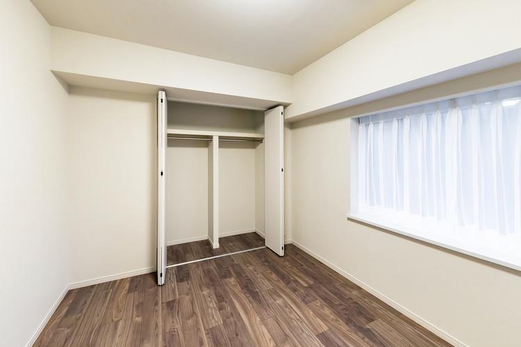 出窓とクローゼットが付いた洋室3 約5.5帖