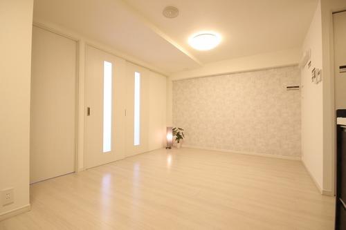 朝日大山マンションの物件画像