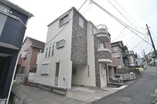 横浜市神奈川区中丸戸建の画像