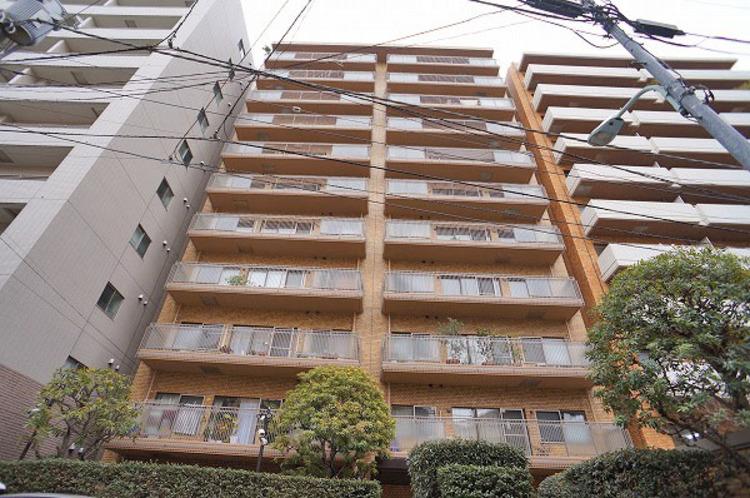 渋谷再開発エリアのすぐ付近にあるマンションです。