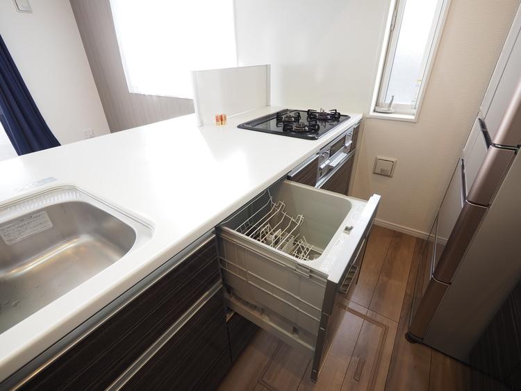 食洗器のある生活で時間を有効に使えます。