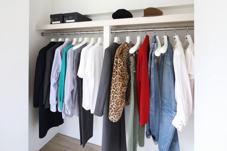 洋服をたくさん持っているおしゃれな方でも、収納に困らないクローゼットを備え付けています