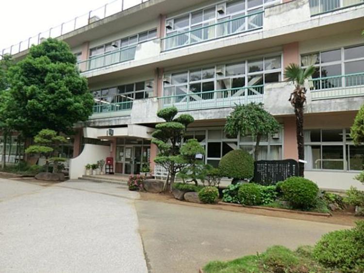 野田市立柳沢小学校580m