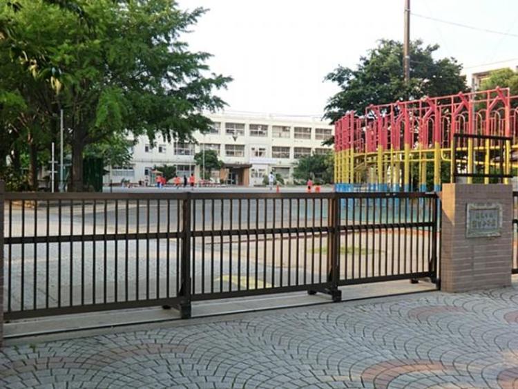 横浜市立潮田小学校