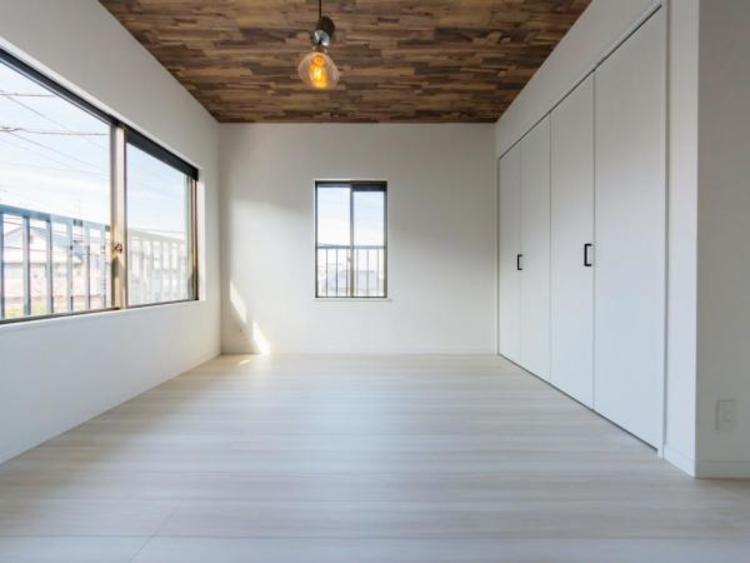 【洋室】全居室に収納完備 より広くお部屋をお使いできます