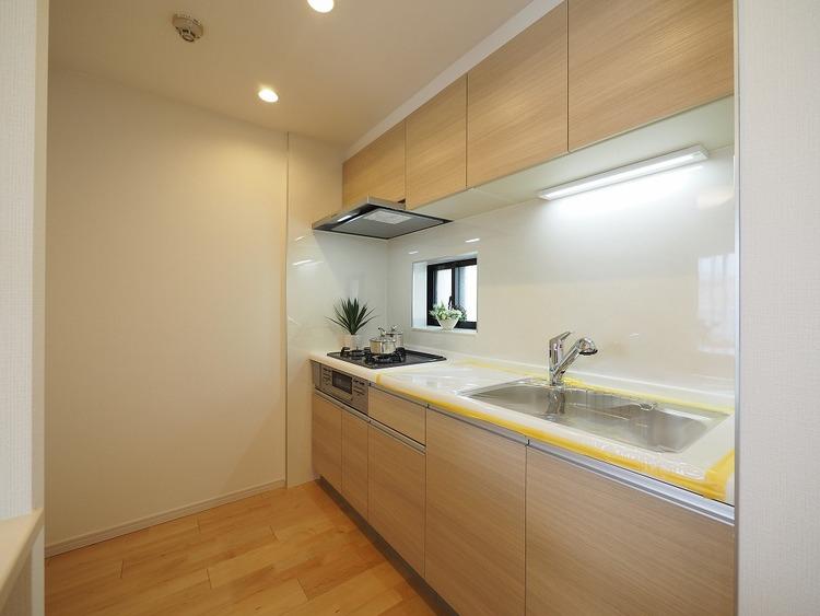 通風良好な窓付キッチン