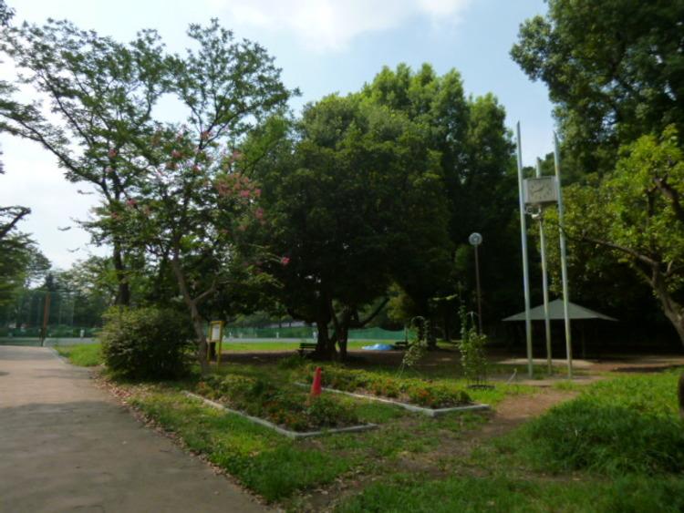 宮崎第四公園 1365m