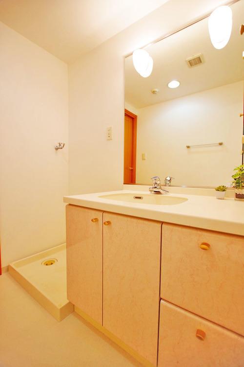 高級感のある洗面スペース