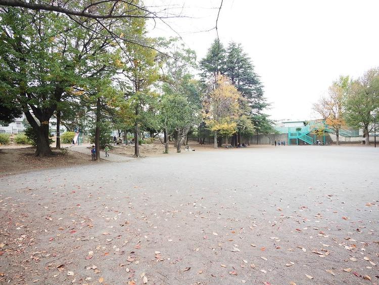 宮前平公園 460m