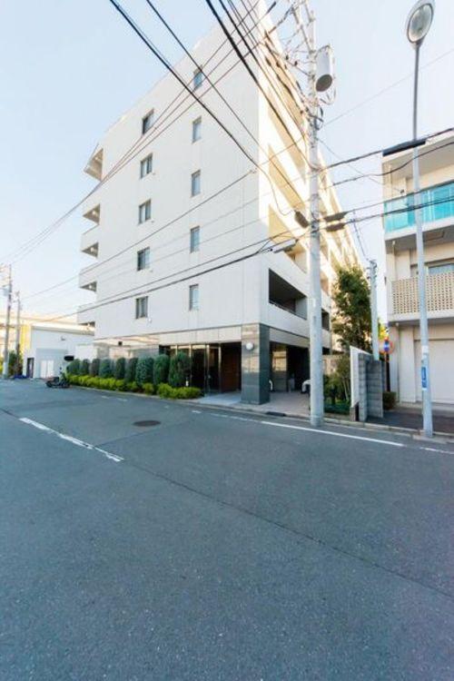 「外観写真」鳥浜駅まで平坦徒歩5分。オール電化マンション