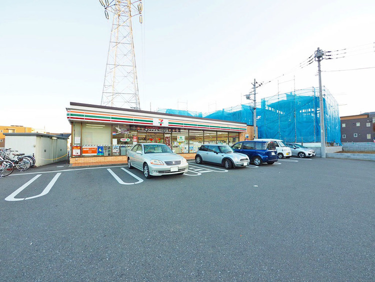 セブンイレブン井田店まで270m