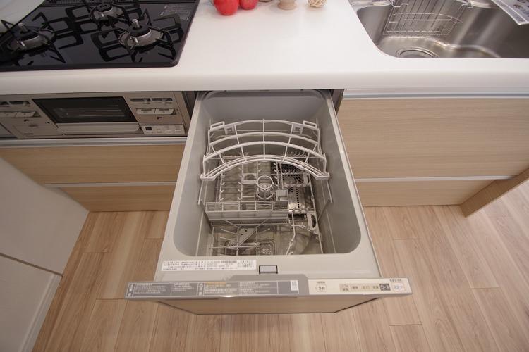 食洗器完備のシステムキッチン