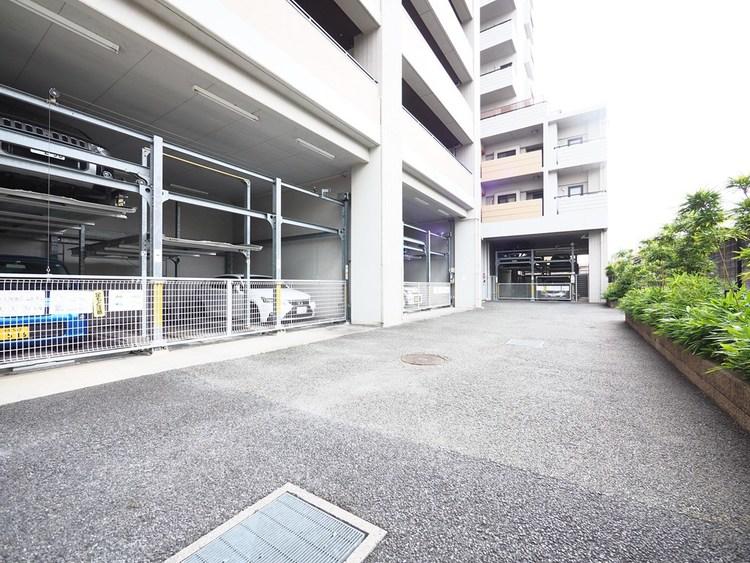 駐車場は、1住戸1区画確保。