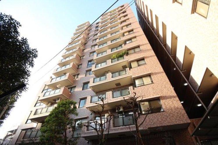 総戸数73戸の管理体制良好なマンション。