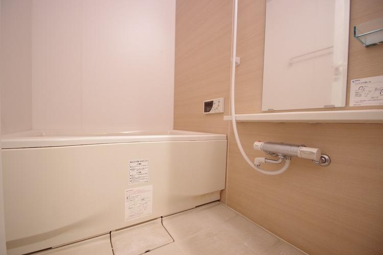 バスルームは一日の疲れを癒す特別な空間に