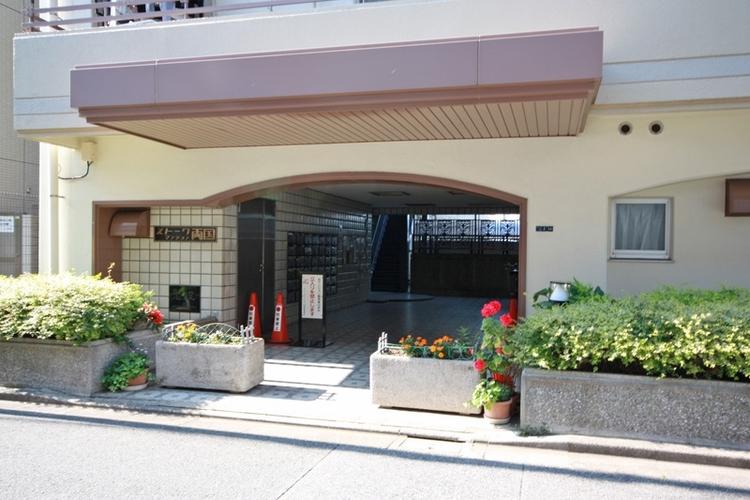 「両国」駅・「浅草」駅も利用できるアクセス便利な住環境