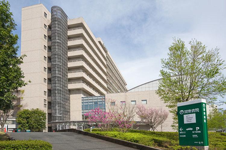 NTT東日本 関東病院まで1300m近くに病院があると、万が一の事態にも備えられます。