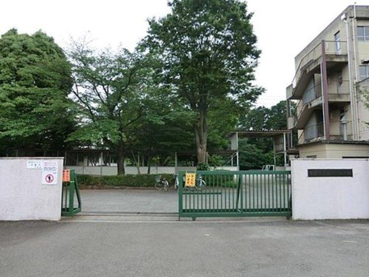 東寺方小学校ま1040m 一ノ宮一・二丁目については、特例地区のため、希望により多摩第一小学校にも就学できます。  詳細については、「条件付学校希望制についてのご案内」をご覧ください。
