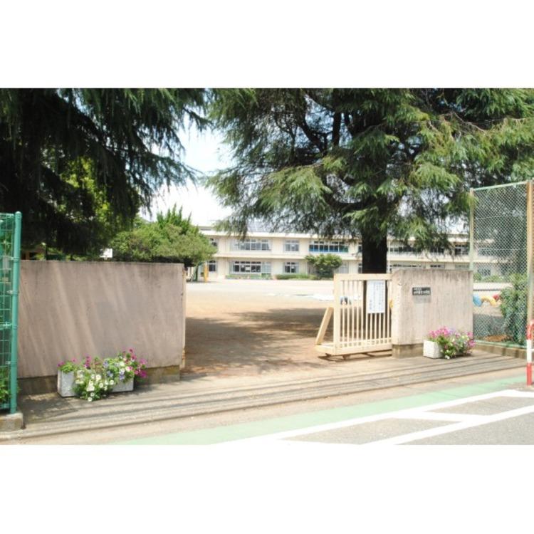 第十二小学校(約600m)