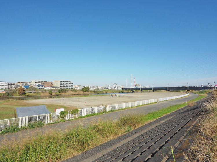 鶴見川樽町公園 距離1600m