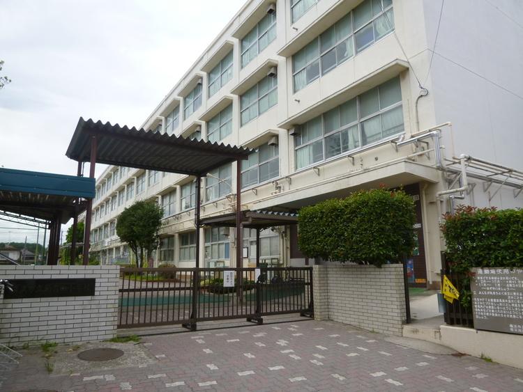 横浜市立新吉田小学校 距離1100m