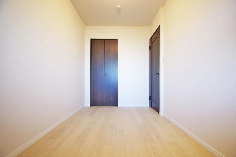 4.8帖洋室 各居室収納あり