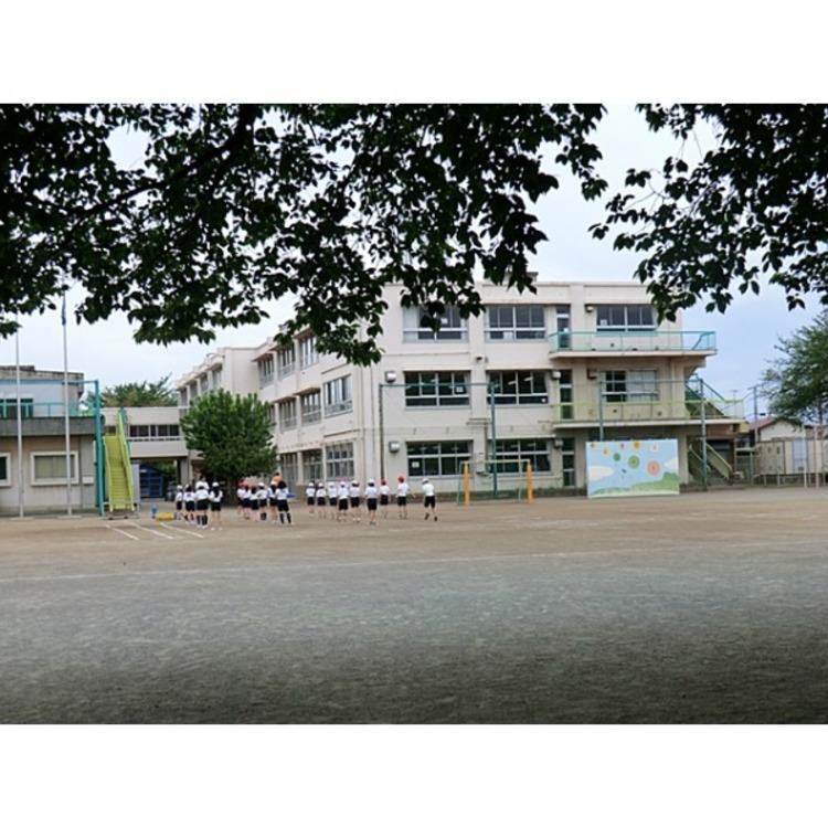 東村山市立秋津小学校(約510m)