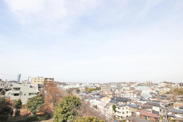 高い建物もないので、バルコニーからの眺望も良好○