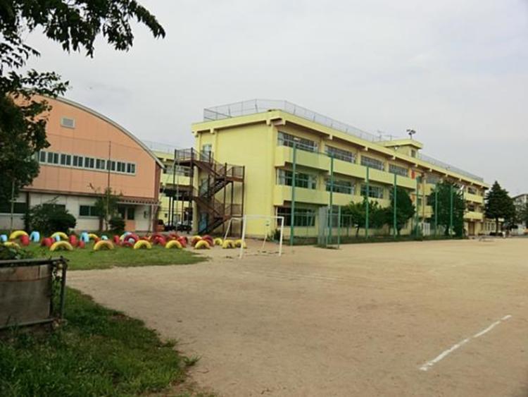 新座市立新座小学校 750m