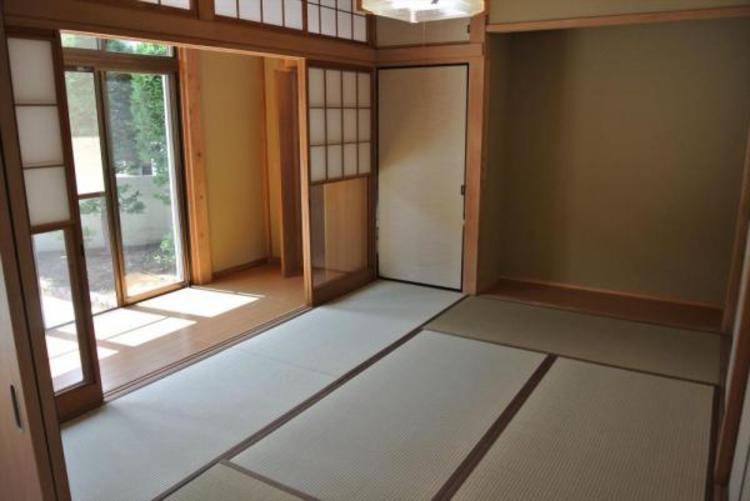 〇ほっこりできる6帖の和室くつろぐ素敵なひと時。