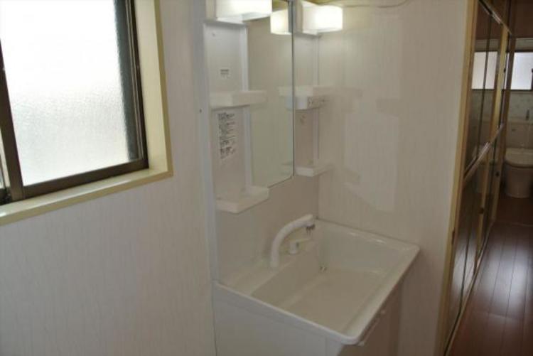 〇2階洗面スペース。