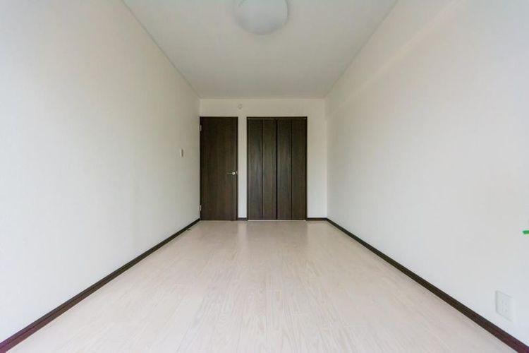 「洋室」全居室収納付きで、室内もすっきり快適