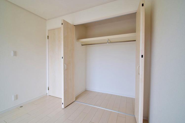 洋室約6.2帖収納スペース