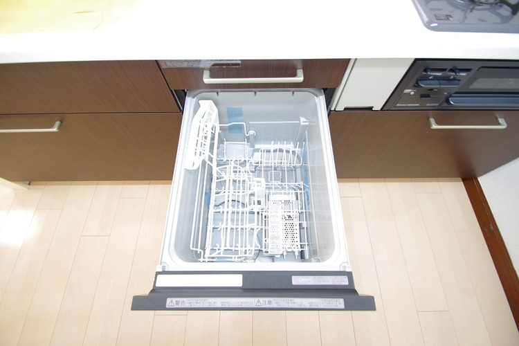 食洗機付きで家事も楽になりますね
