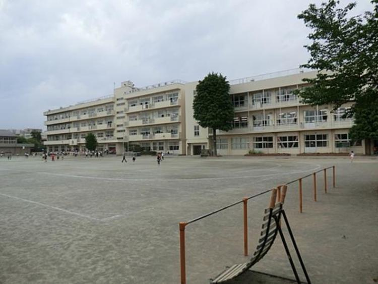 川越市立仙波小学校 1285m