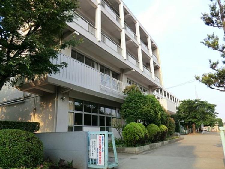 戸田市立喜沢中学校971m