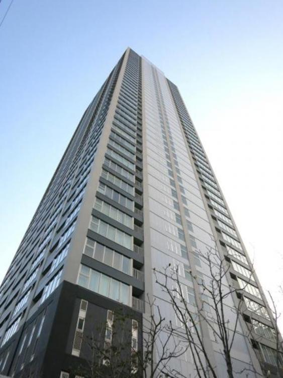 平成25年5月建築、44階建タワーマンション